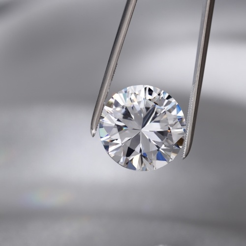 ניקיון ודירוג יהלומים